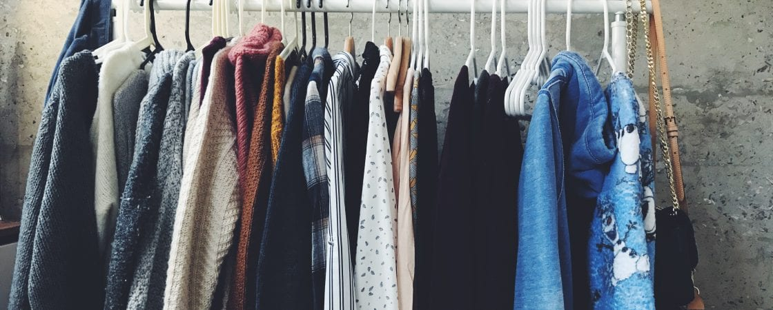 6 Simple Ways to Sell Your Used Clothes Online for a Quick