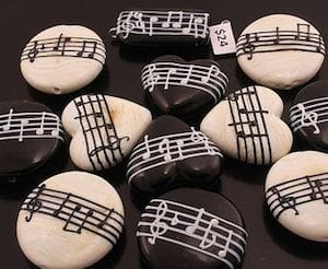 music note rocks