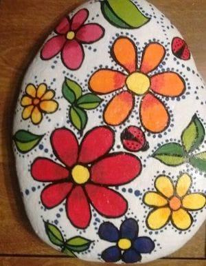 Pretty flower rocks