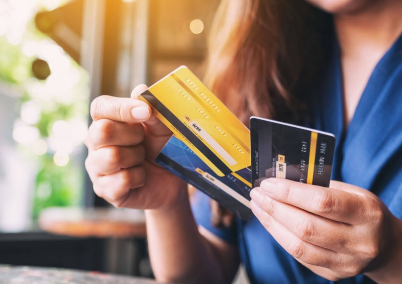 Credit Cards vs. Debit Cards What's the Difference